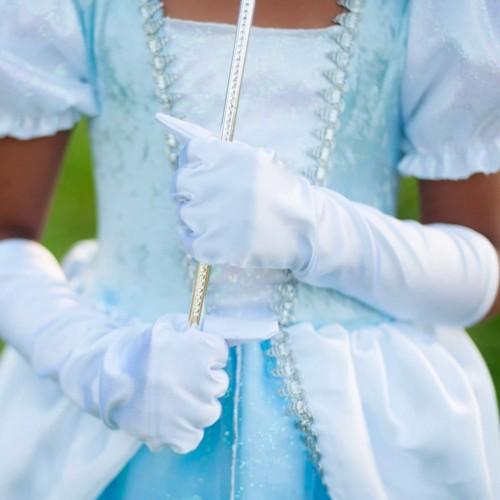 Gants blancs de princesse