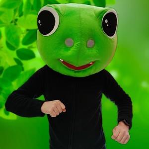 C'est nouveau ! ✨ Fiesta Republic vous propose de nombreux modèles de tête de mascotte !   Retrouvez ici un masque géant de tête de grenouille 🐸