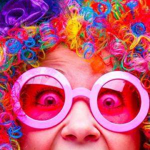 🥳 YOUHOUUUU LES SOLDES !!!  💥-30% sur tous les costumes et même jusqu'à -50% sur une selection de costumes et décoration de fête 💥  💥RDV en magasin ou sur www.fiesta-republic.com💥